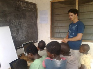 gallery German Volunteer teaches ICT